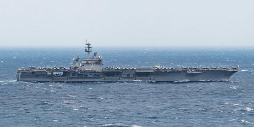 美军新冠检测部队紧急登上闯南海航母