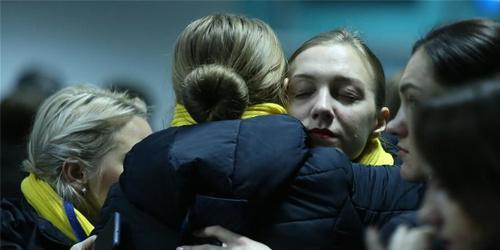 乌航客机事件中俄遇难者遗体被运送回国
