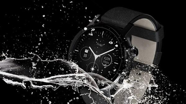 先后三世Moto360智能手表开售:日月经典重出江湖