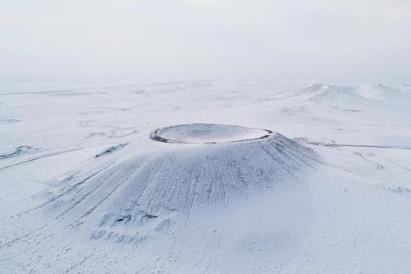 航拍乌兰察布冰雪火山