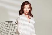 徐冬冬最新写真大片温柔十足 身穿白色纱裙长腿吸睛