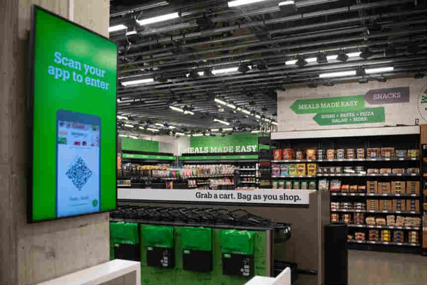 亚马逊公司于美国西雅图推出无收银机的便利店